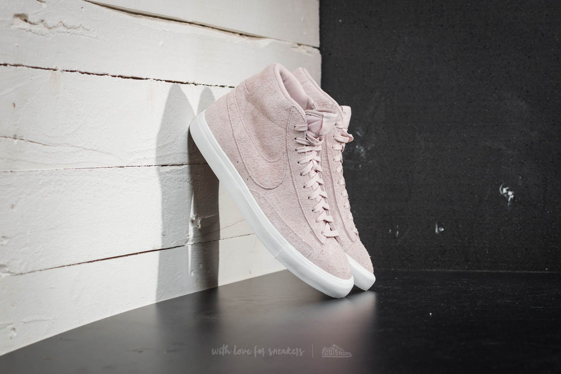 Nike Blazer Mid Silt Red/ Silt Red-Summit White