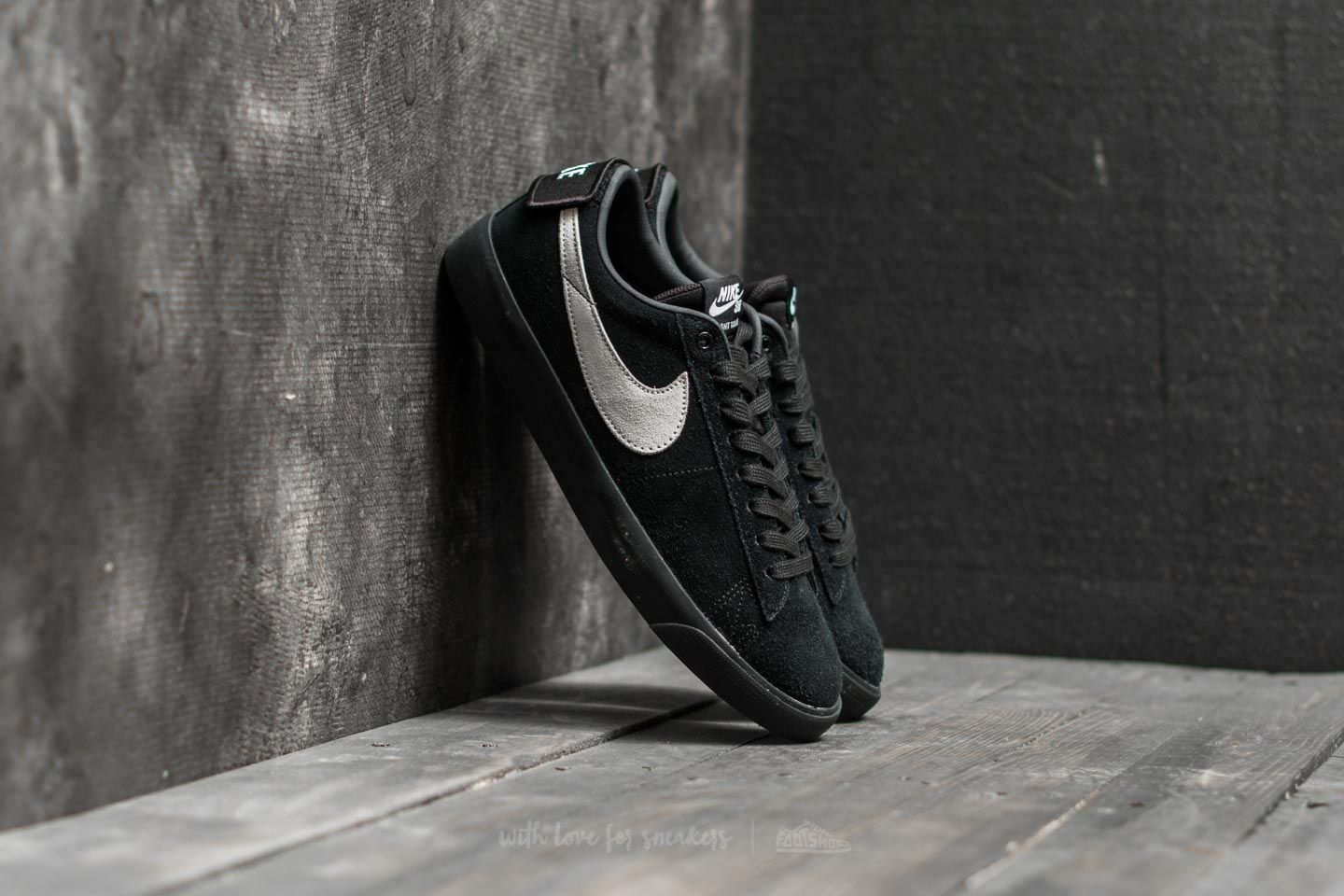 Nike SB Blazer Zoom Low GT Black/ White-Black