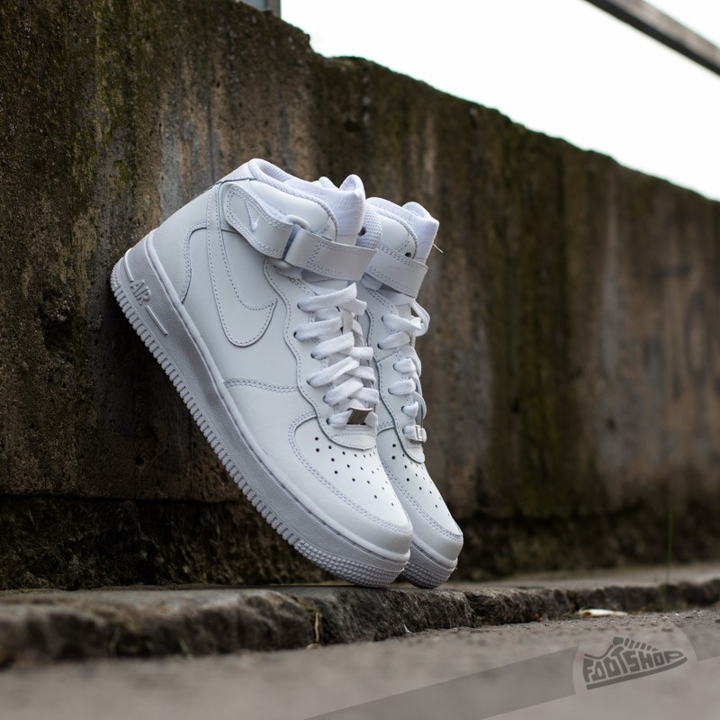 Nike Wmns Air Force 1 Mid ´07 LE White/White