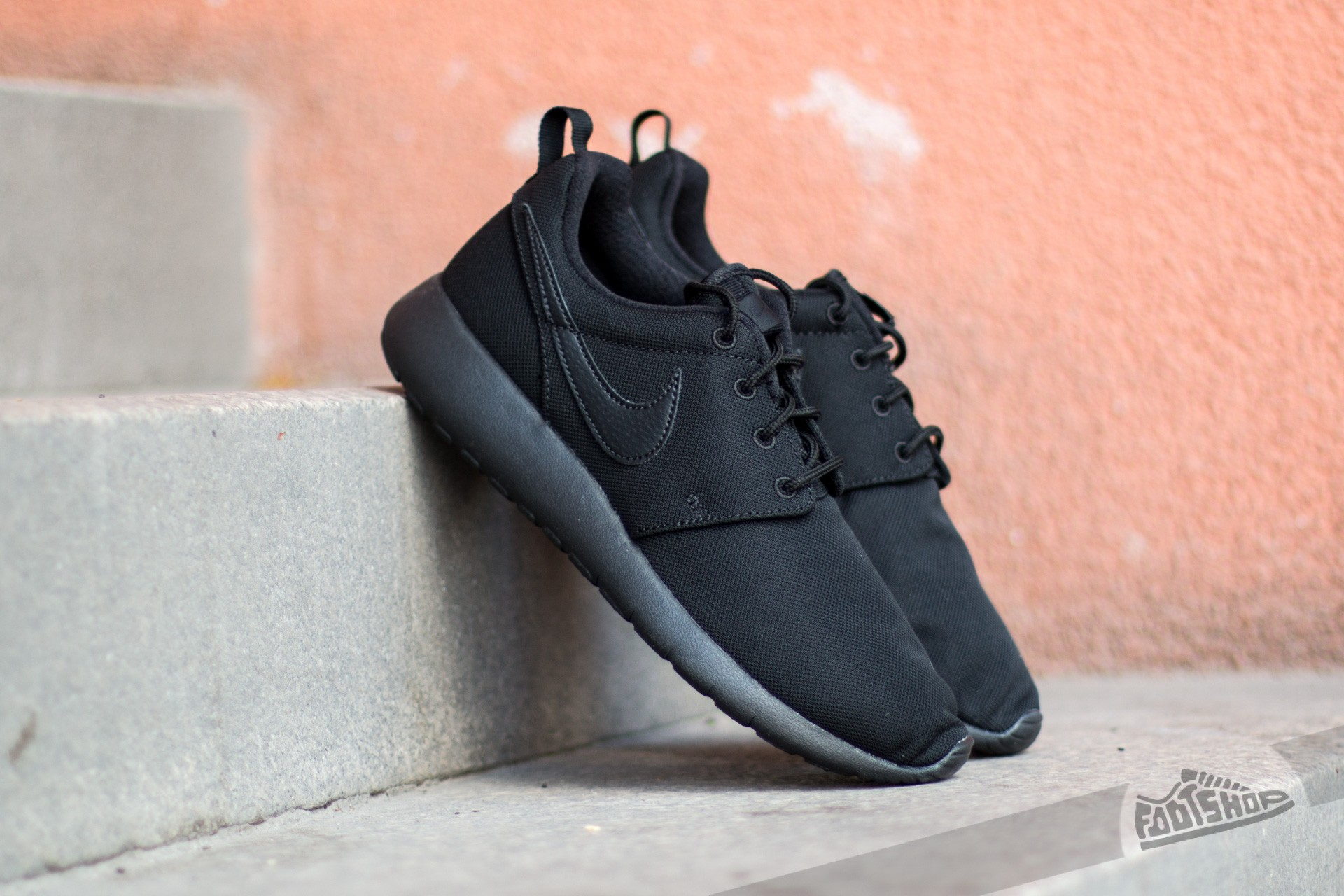 Nike Roshe One (GS) Black/ Black-Black