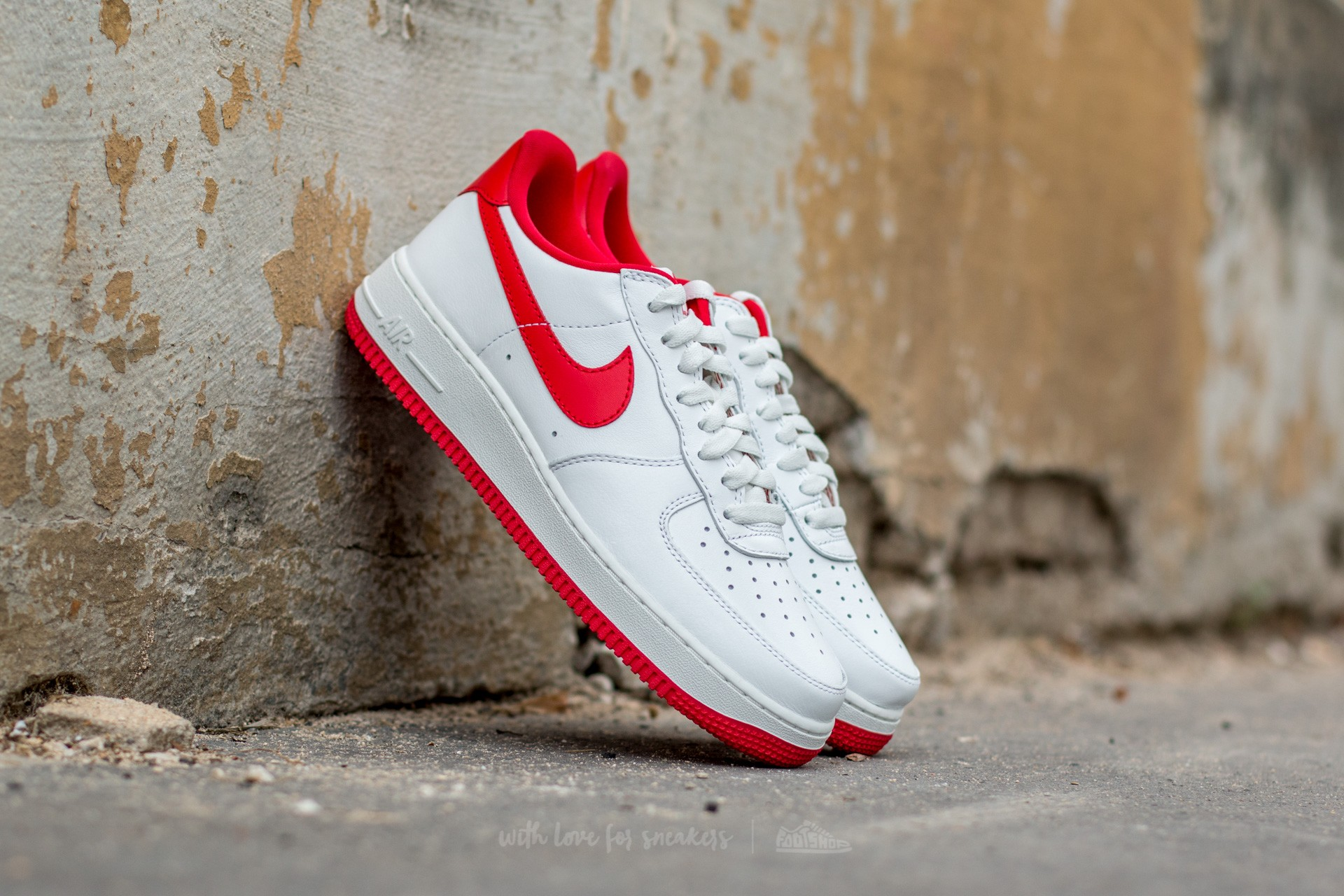 Nike Air Force 1 Low Retro Summit White/ University Red