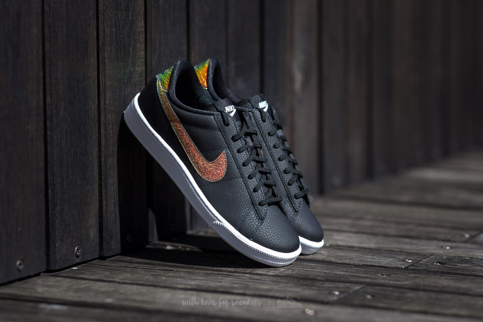 Nike Wmns Tennis Classic Premium Black/ Black-White