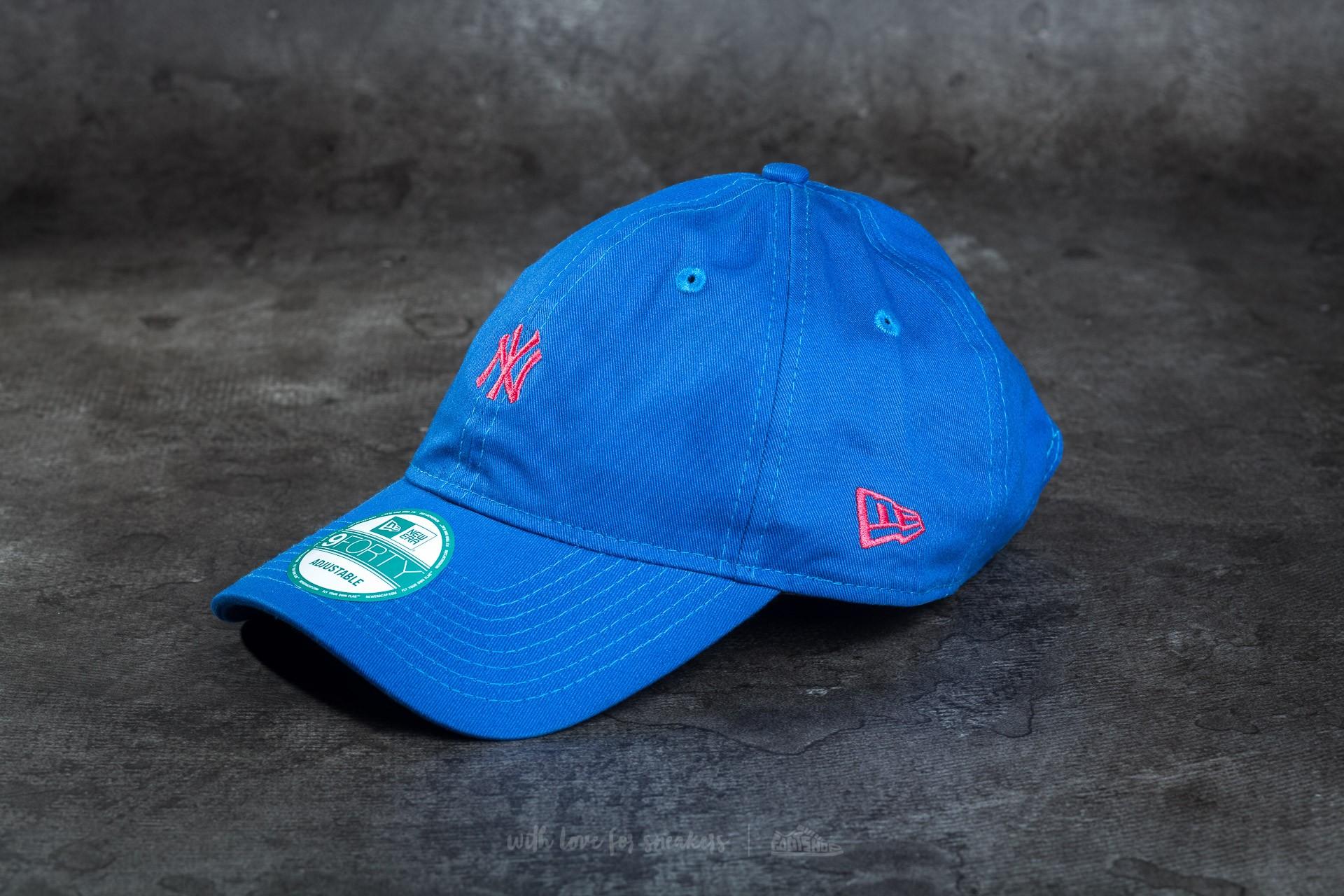 New Era Essential 9Forty Adjustable New York Yankees Cap Blue/ Pink