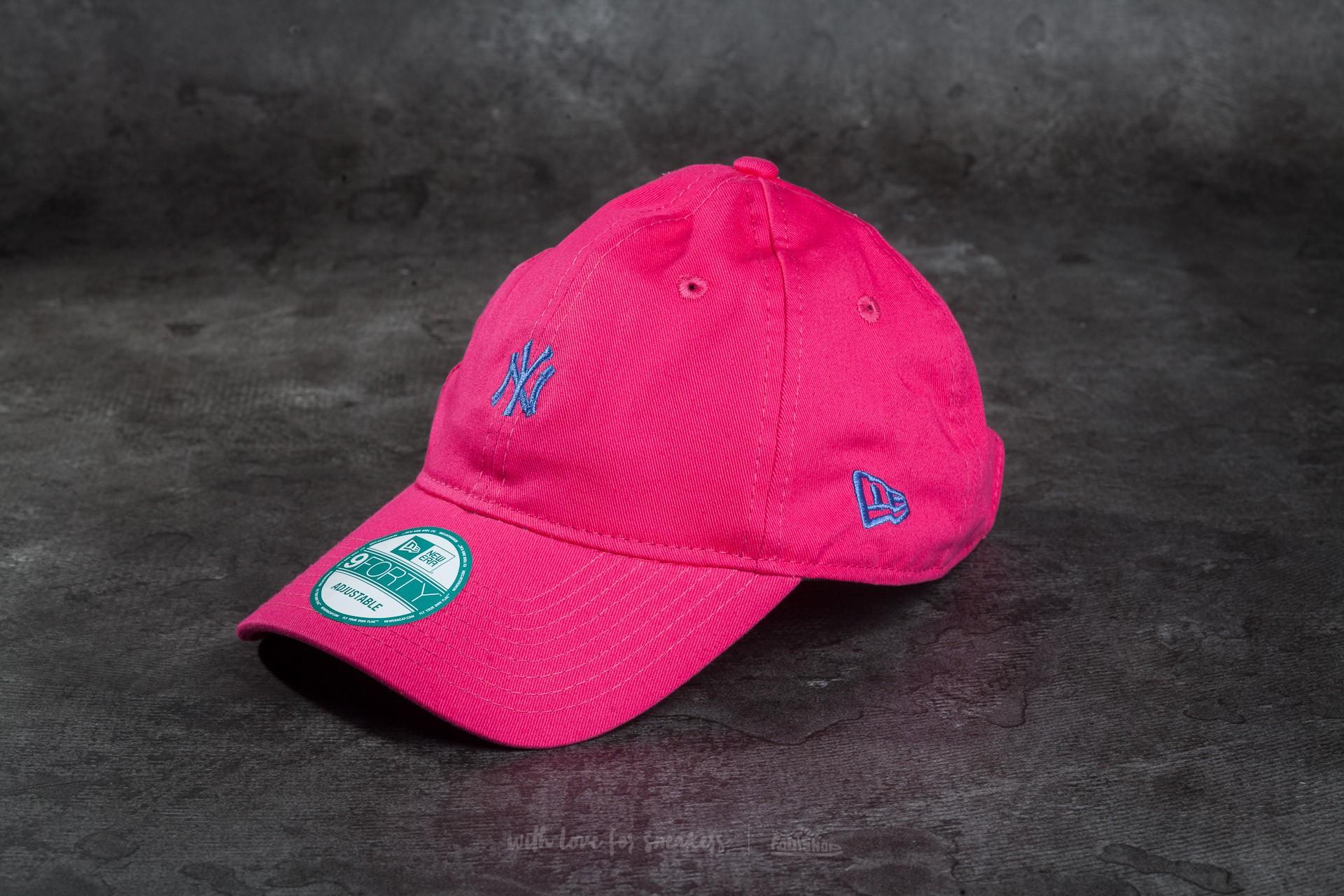 New Era Essential 9Forty Adjustable New York Yankees Cap Pink/ Blue
