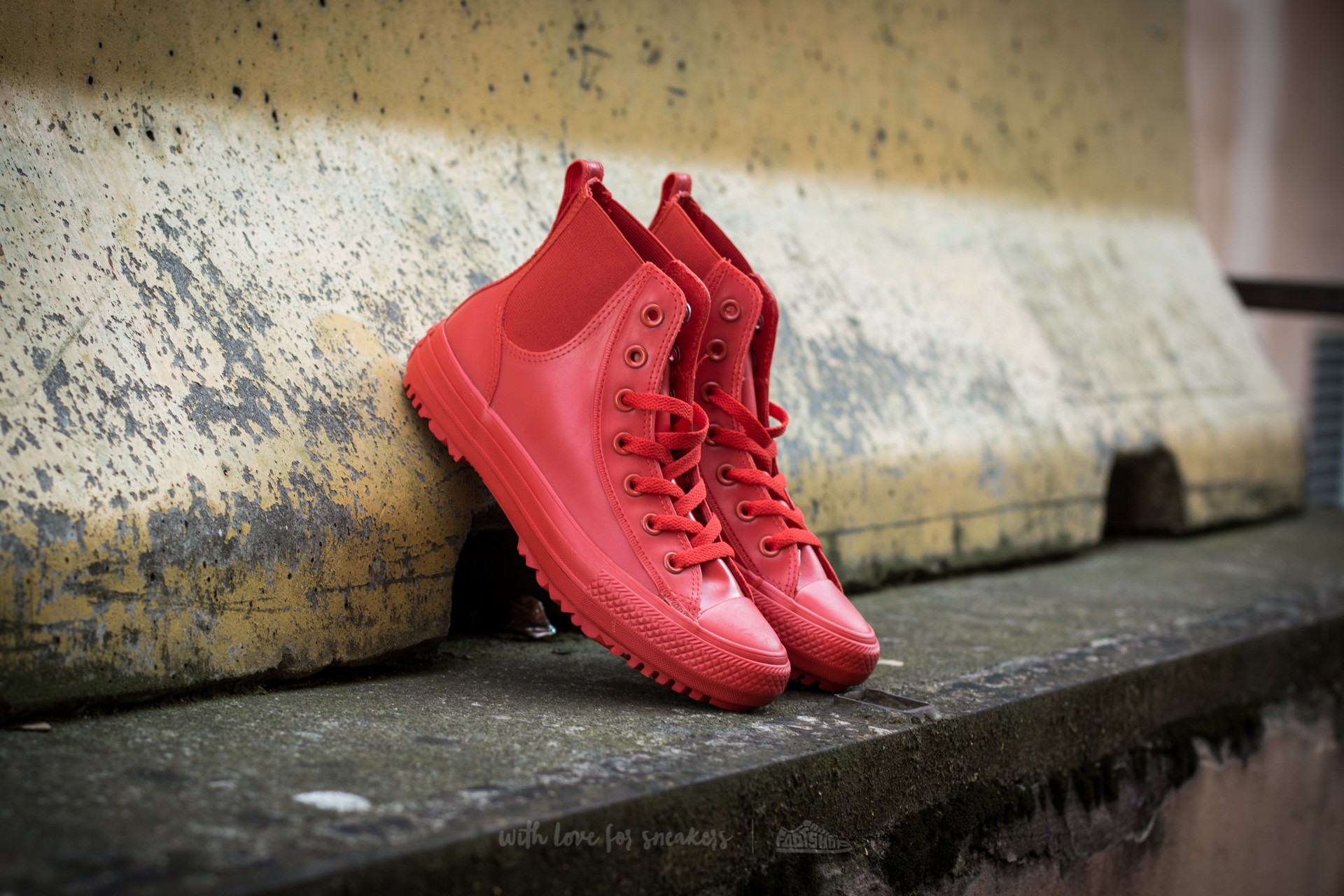 Converse Chuck Taylor All Star Chelsea Boot Rubber Hi Signal Red/ Signal Red