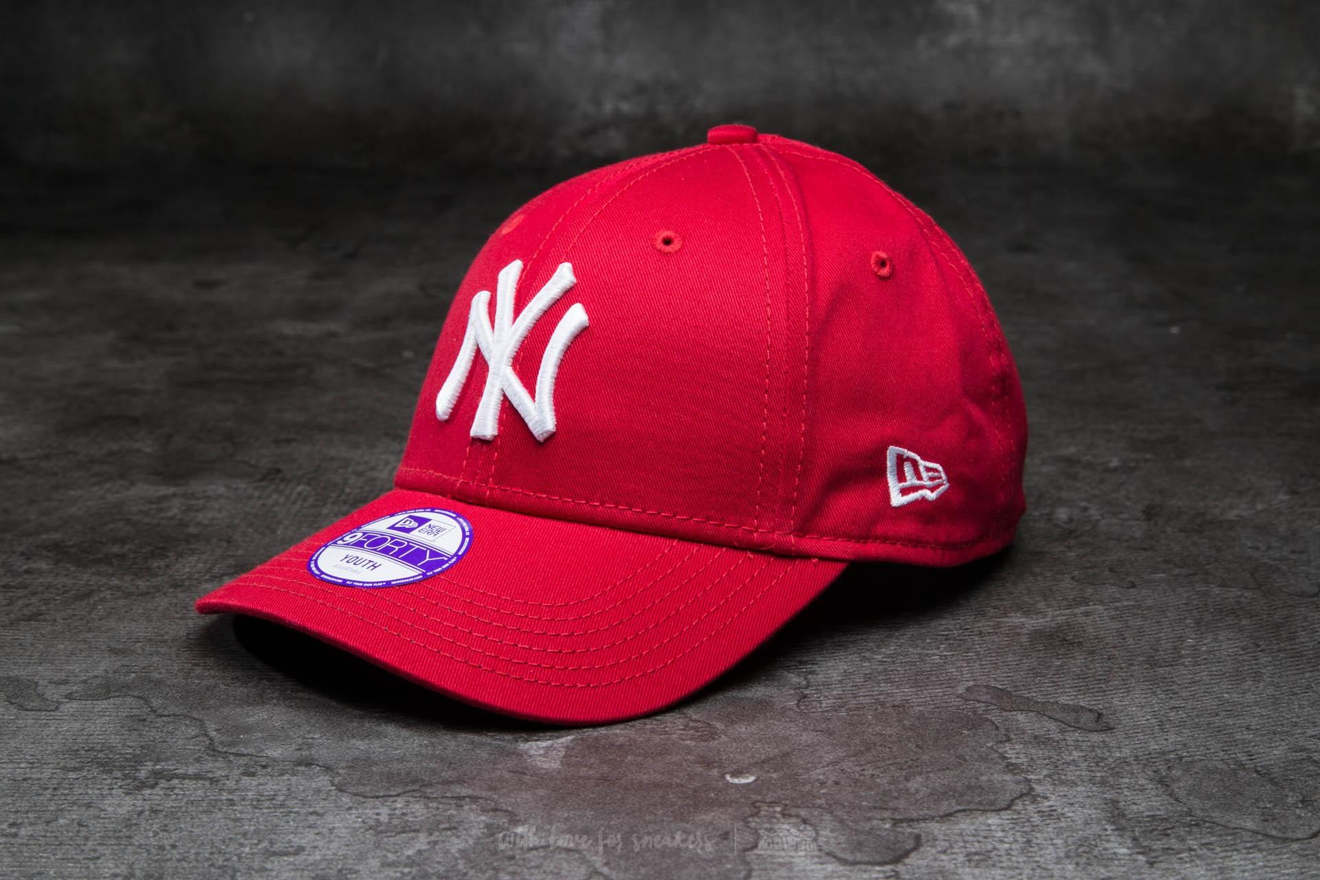 New Era K 9Forty Child Adjustable Major League Baseball Basic New York Yankees Cap Scarlet/ White