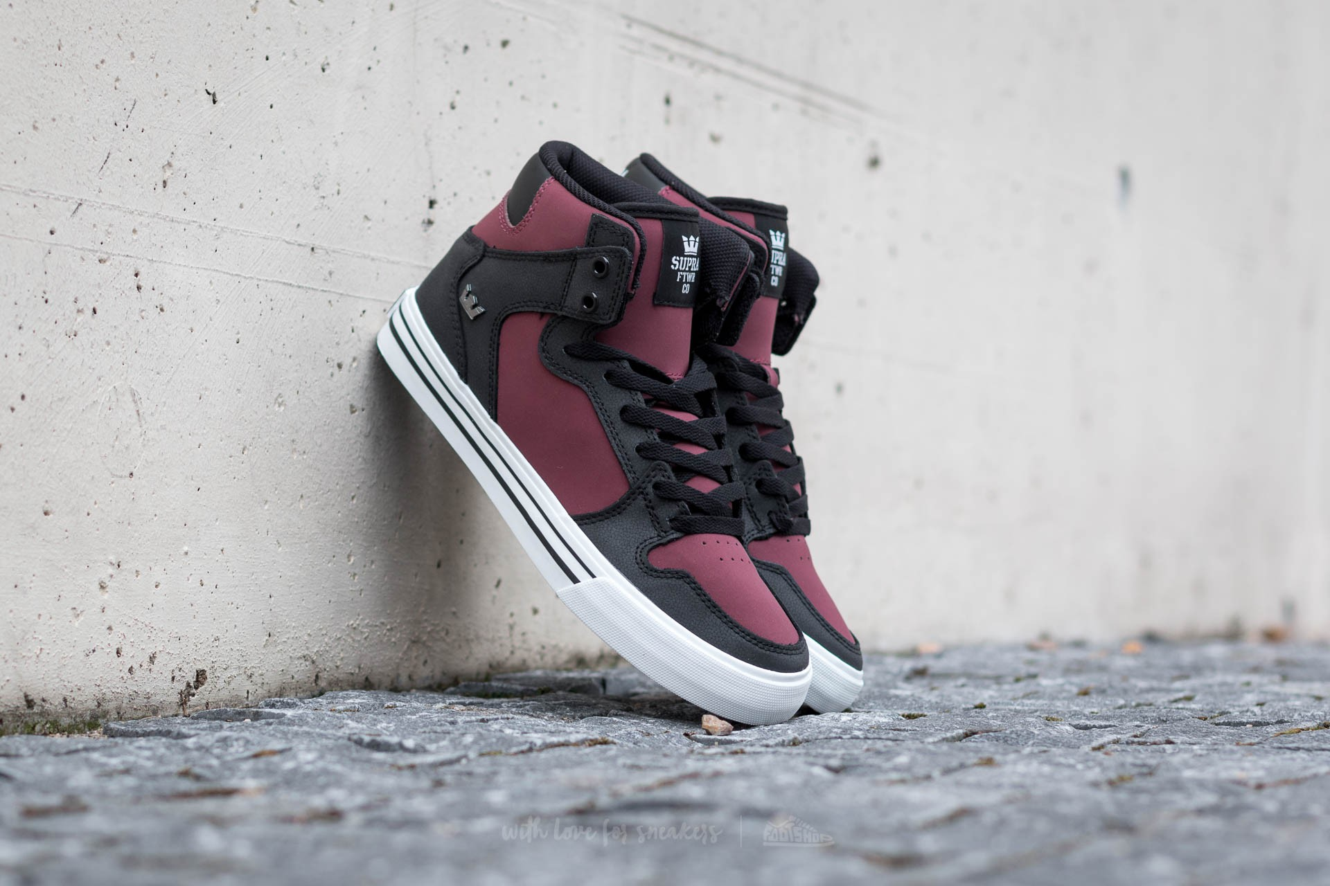 Supra Vaider Plum/ Black-White