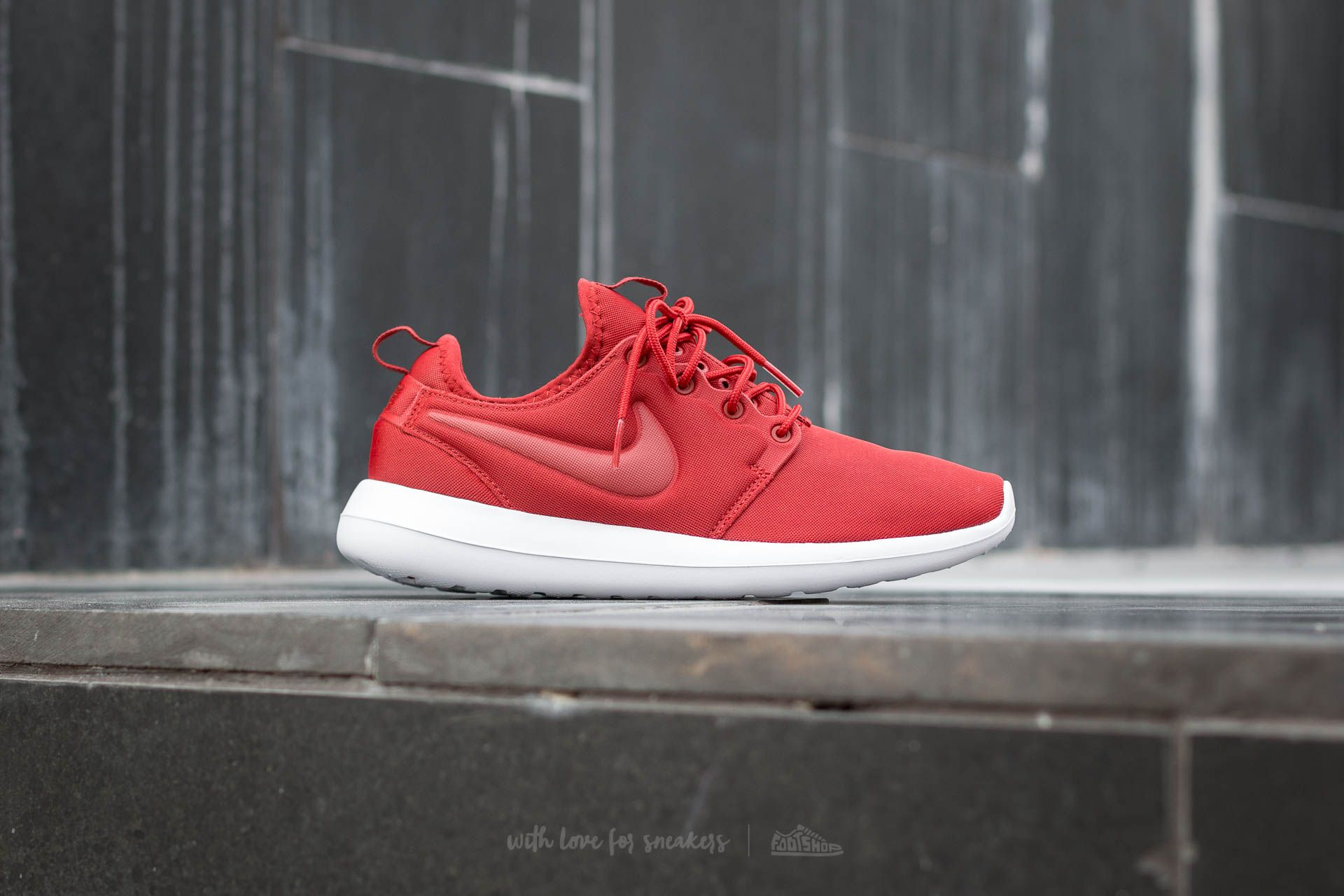 Nike Roshe Two Release Date (and Flyknit!) Nikeblog