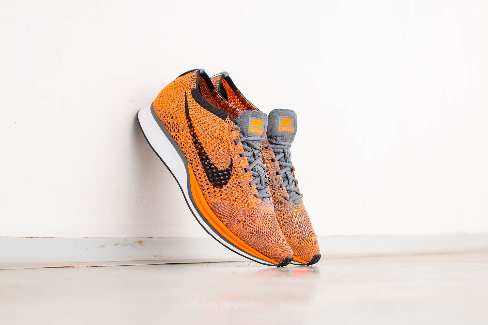 Nike Flyknit Racer Total Orange/ White-Dark Grey