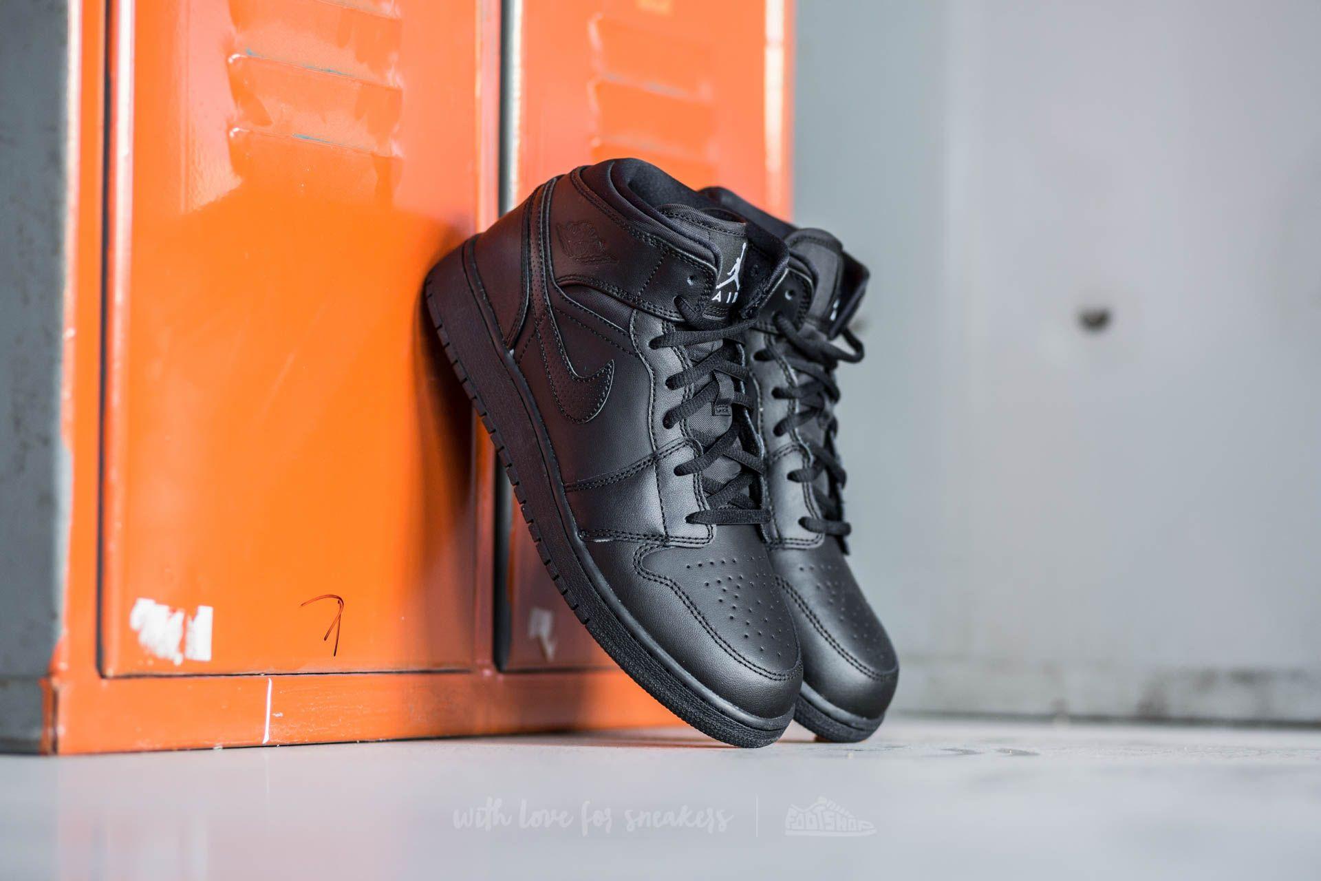 Air Jordan 1 MID BG Black/ White