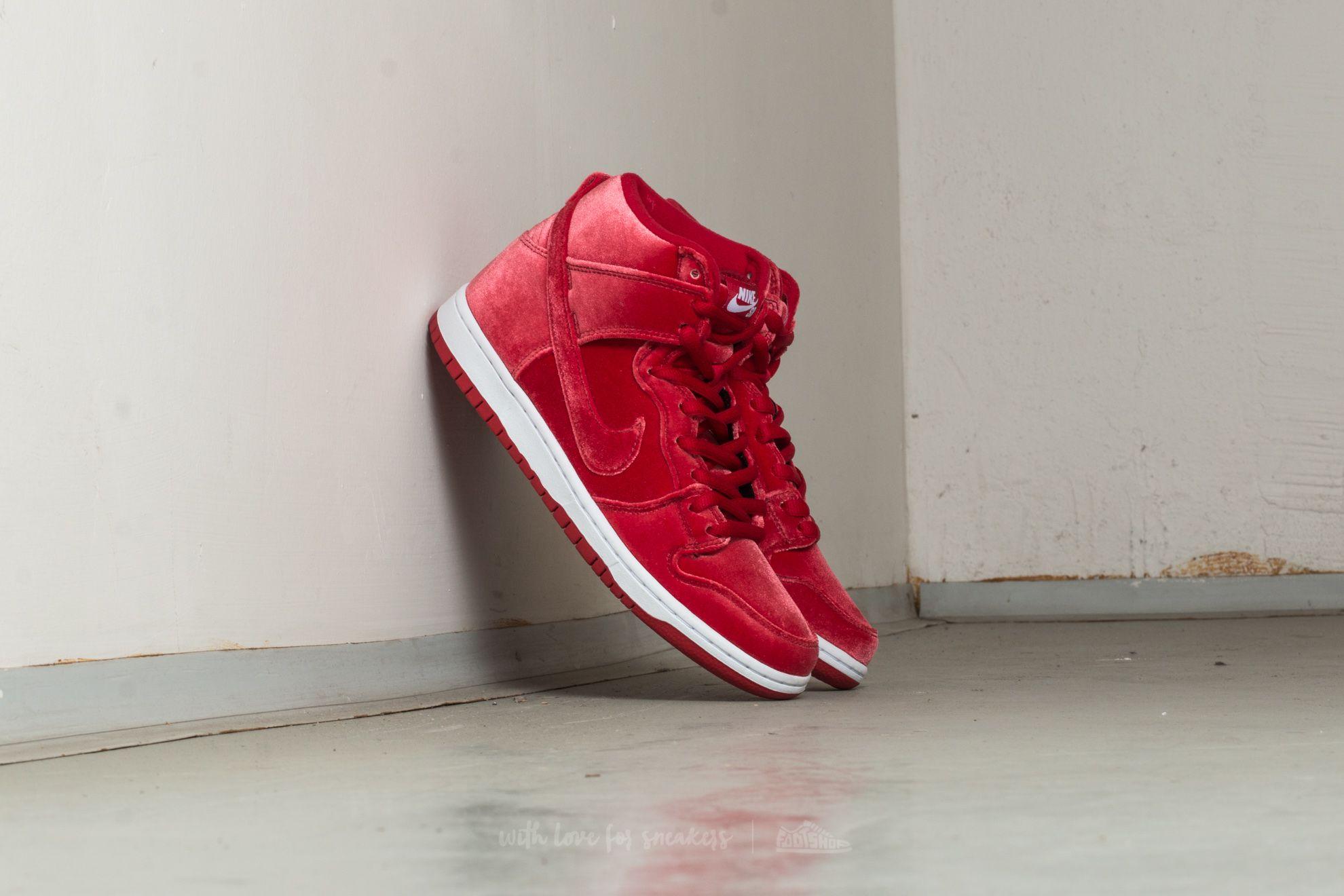"""Nike Dunk High Premium SB """"Red Velvet"""" Gym Red/ Gym Red-White"""