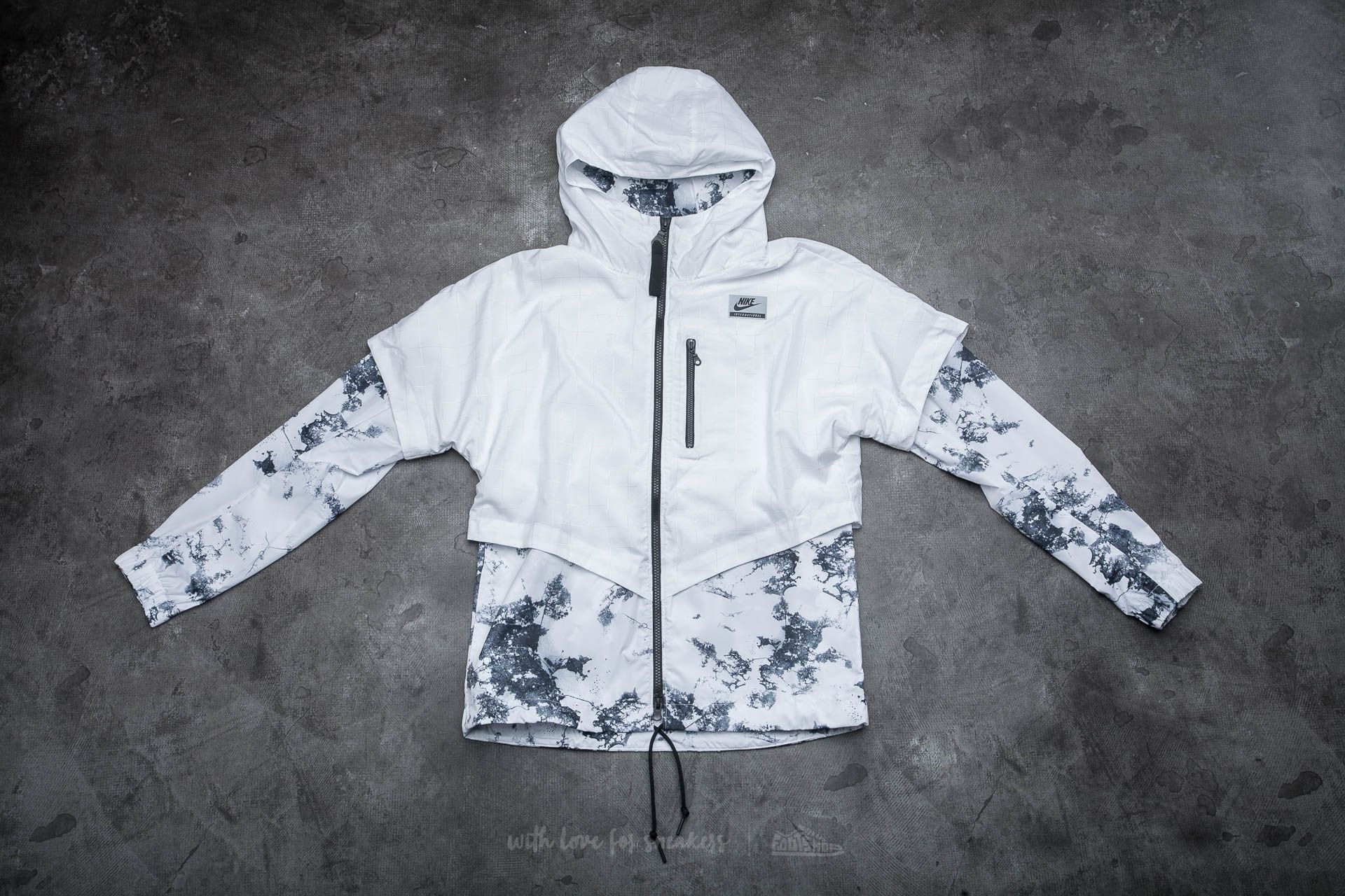 Nike International Windrunner White
