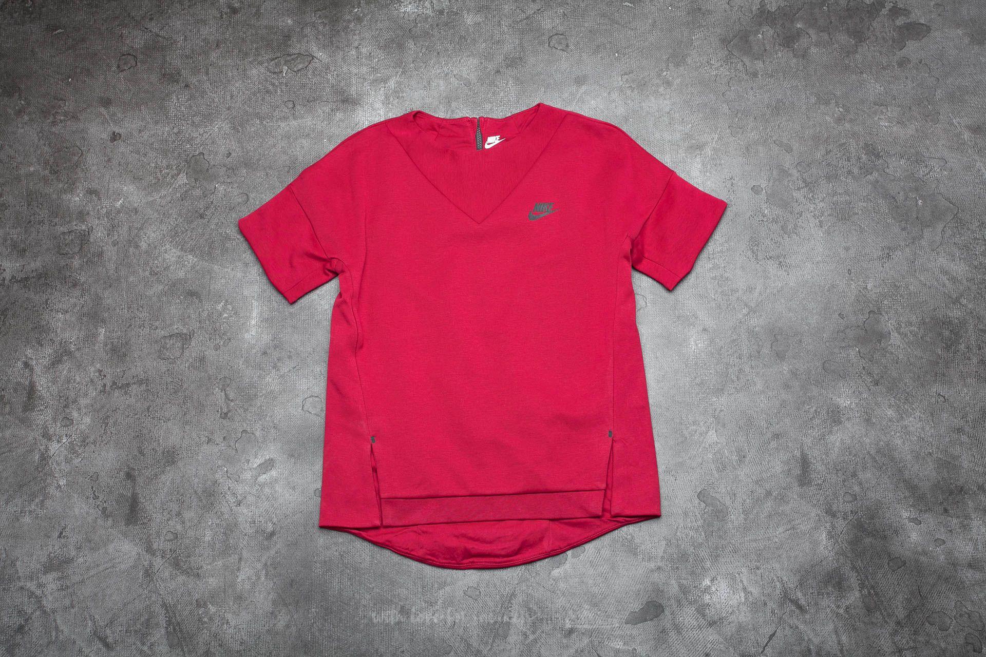 Nike Sportswear Tech Fleece Women's Crew Noble Red/ Noble Red/ Black