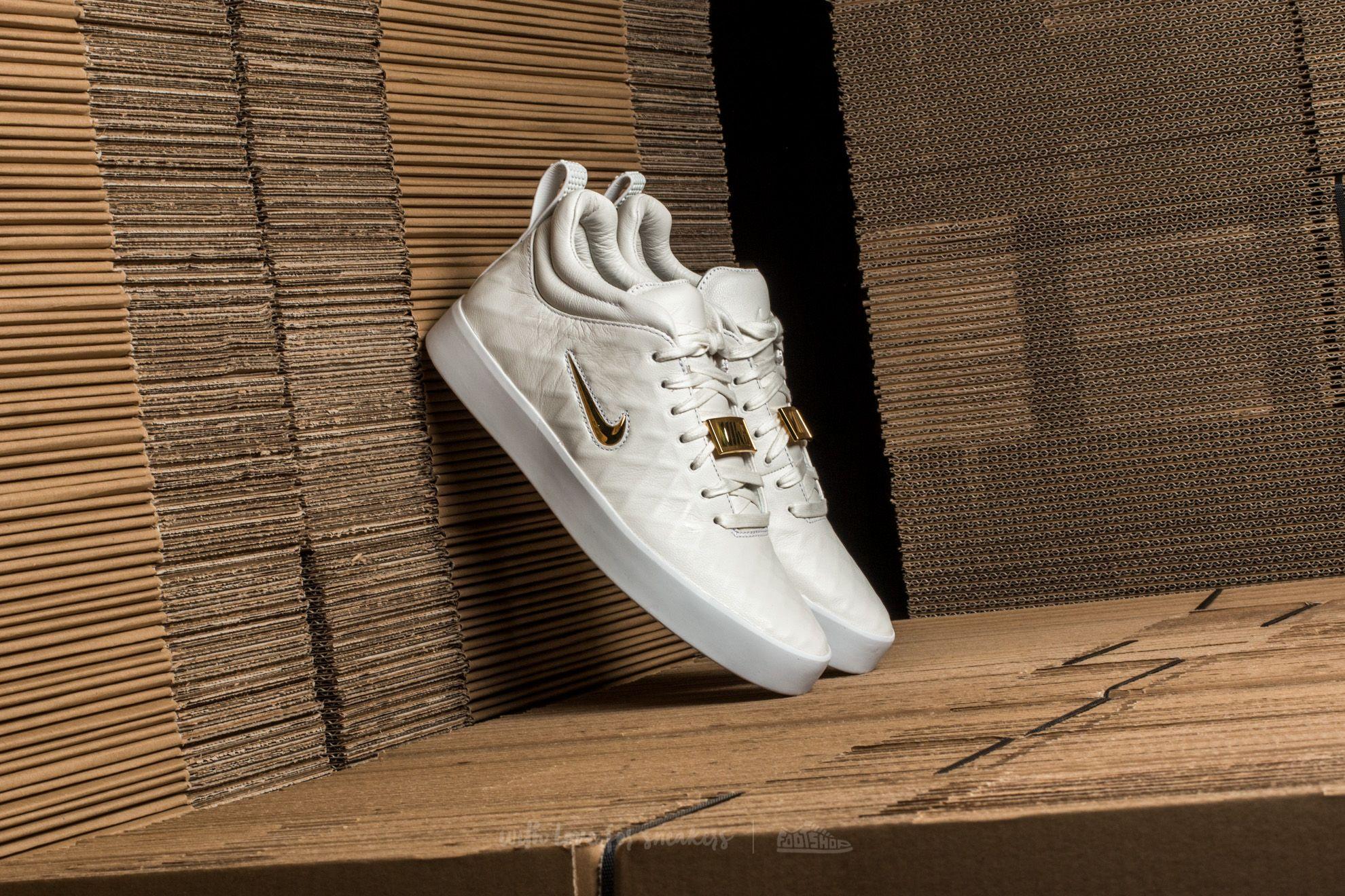 Nike Tiempo Vetta '17 Ivory/ Metallic Gold-White