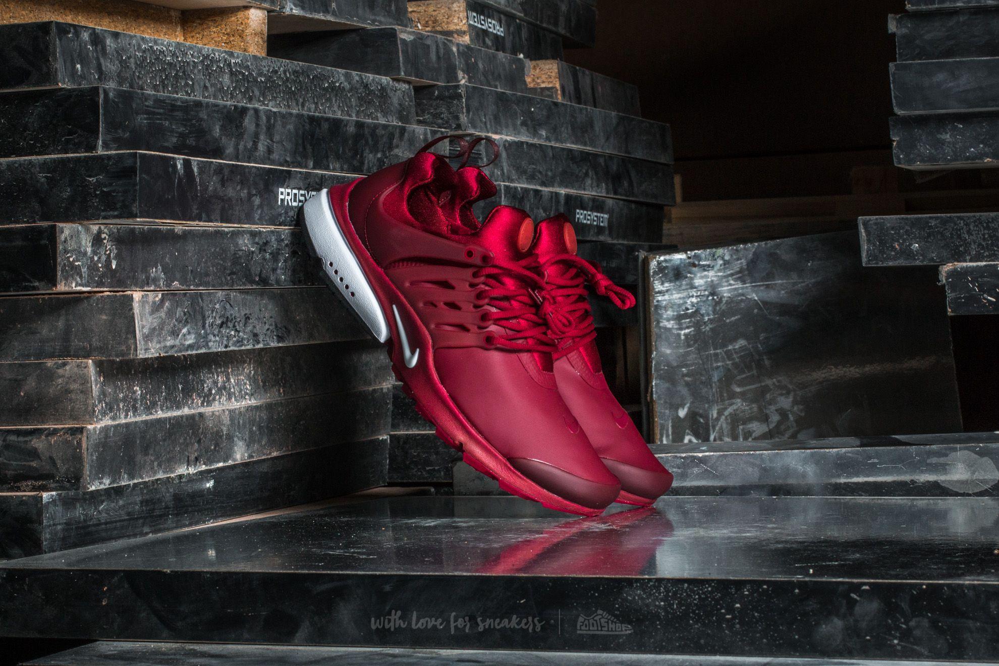 Nike Air Presto Low Ulity Team Red/ White-Black