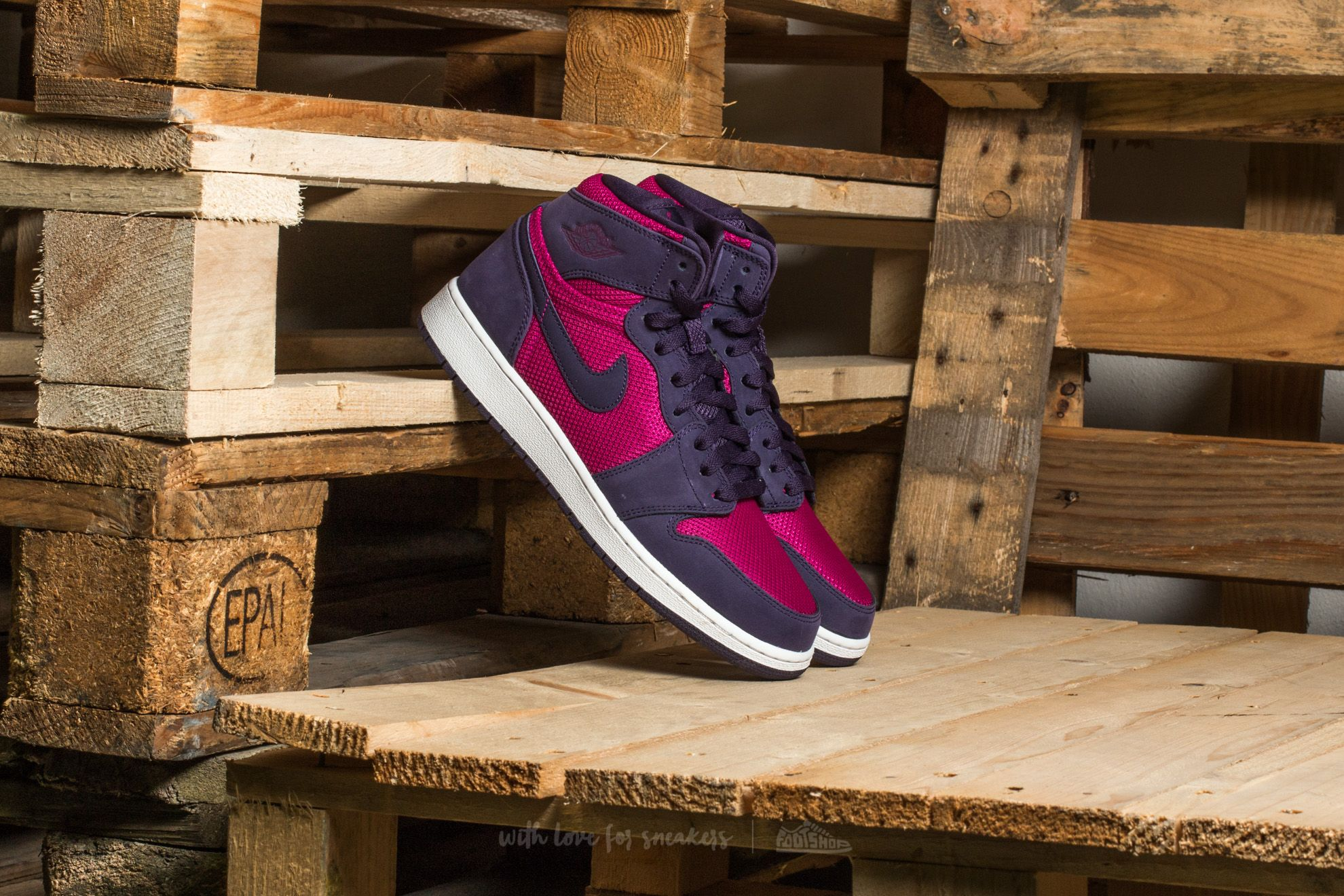 Air Jordan 1 Retro High GG True Berry/ True Berry