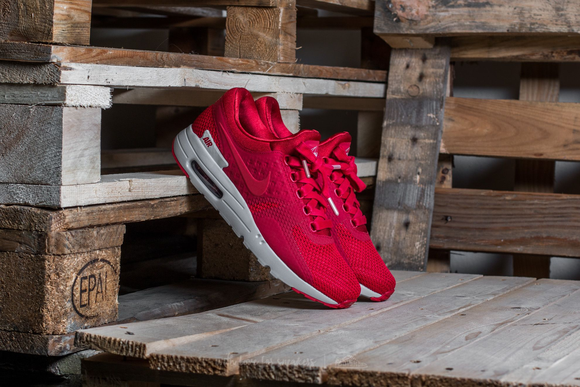 Nike Air Max Zero Premium Gym Red/ Gym Red-Wolf Grey