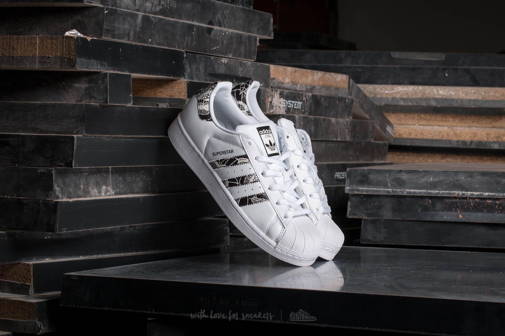 adidas W Superstar Footwear White/Core Black/ Spray