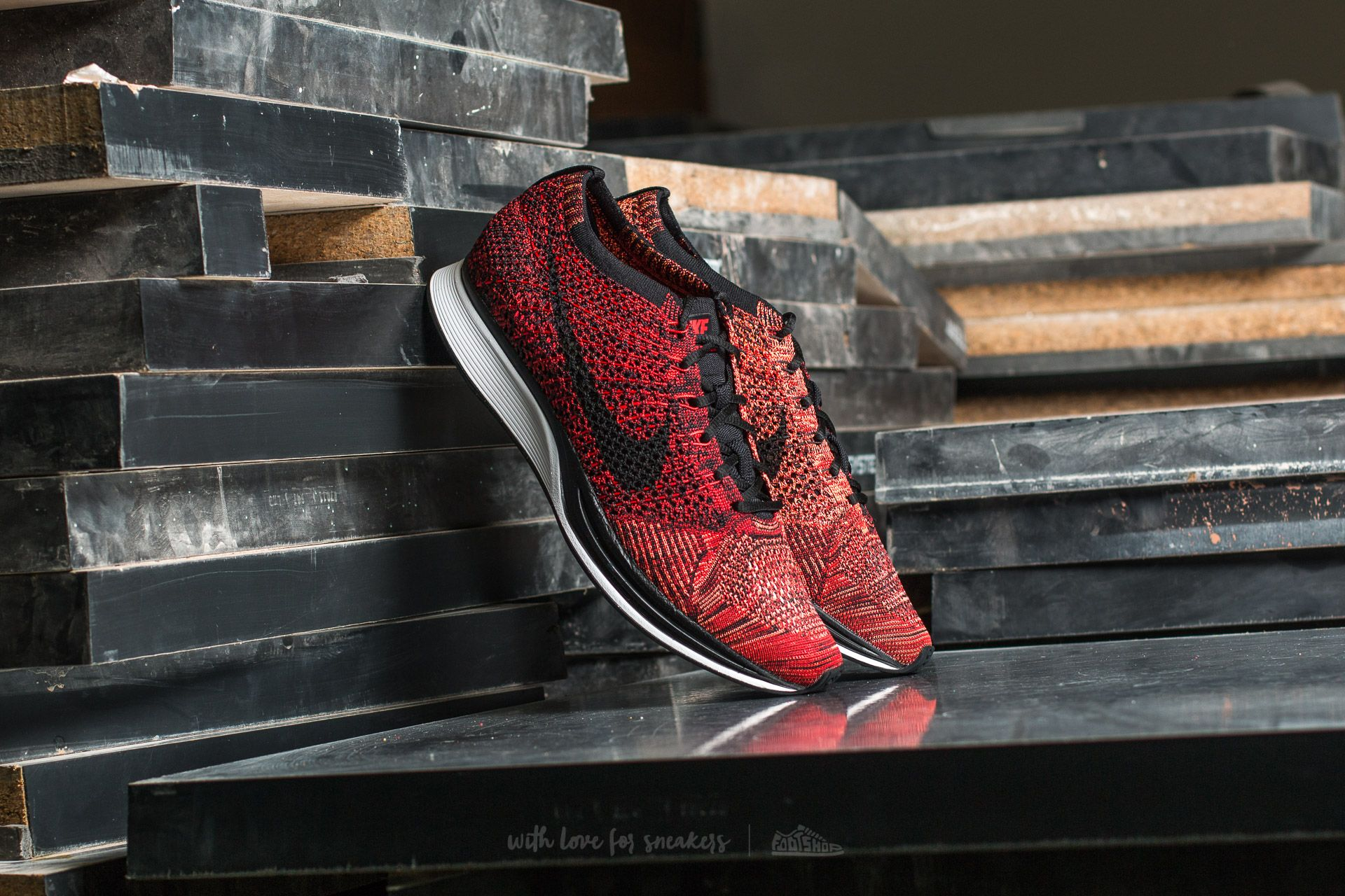 Nike Flyknit Racer University Red/ Black