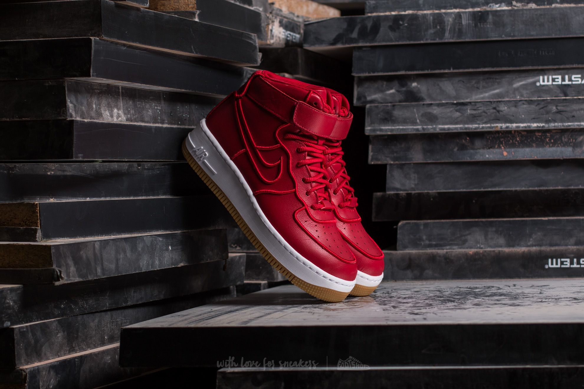 Nike Wmns Air Force 1 Upstep Hi SI Gym Red/ Gym Red-White