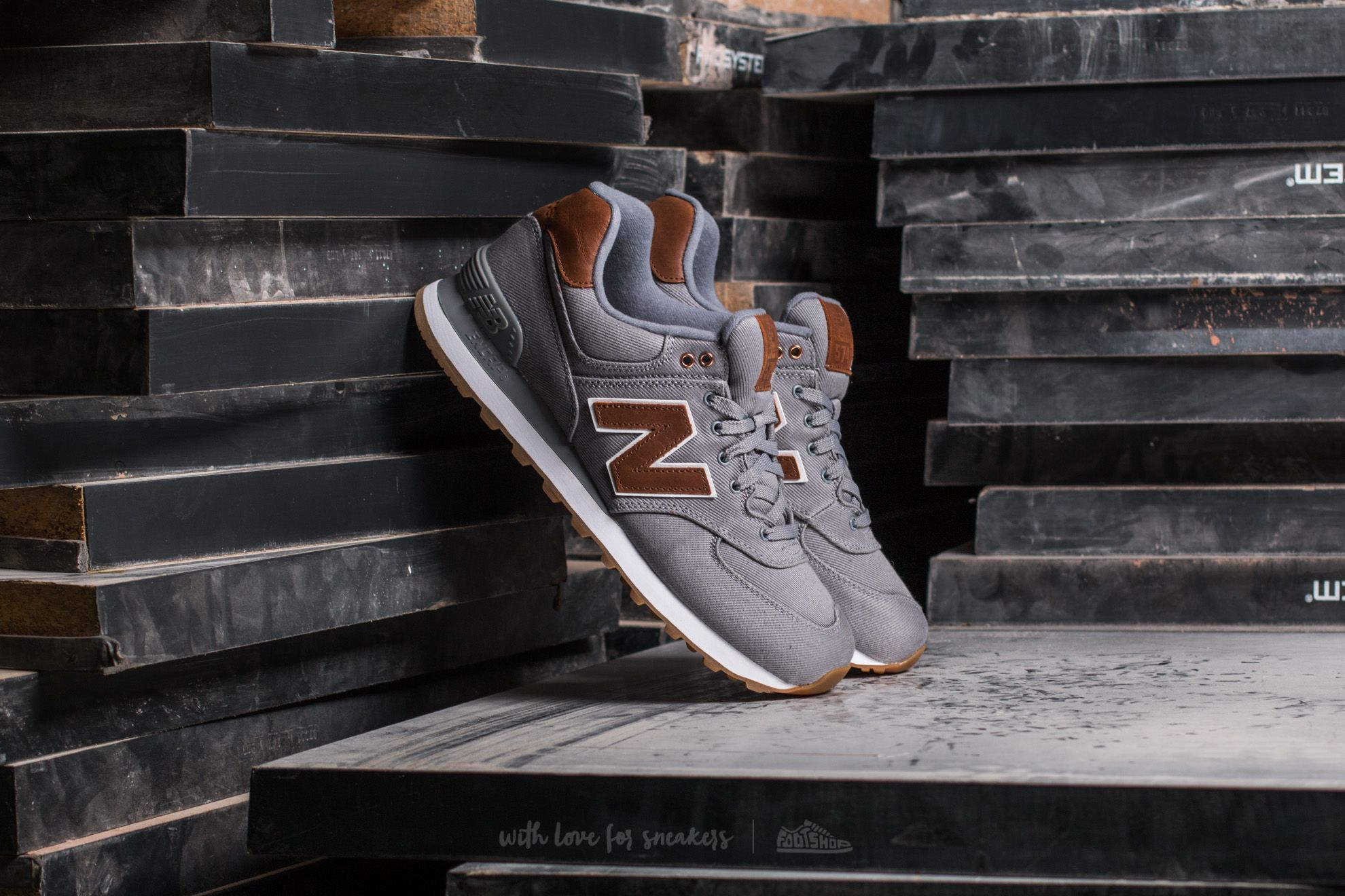 New Balance 574 Grey/ Brown
