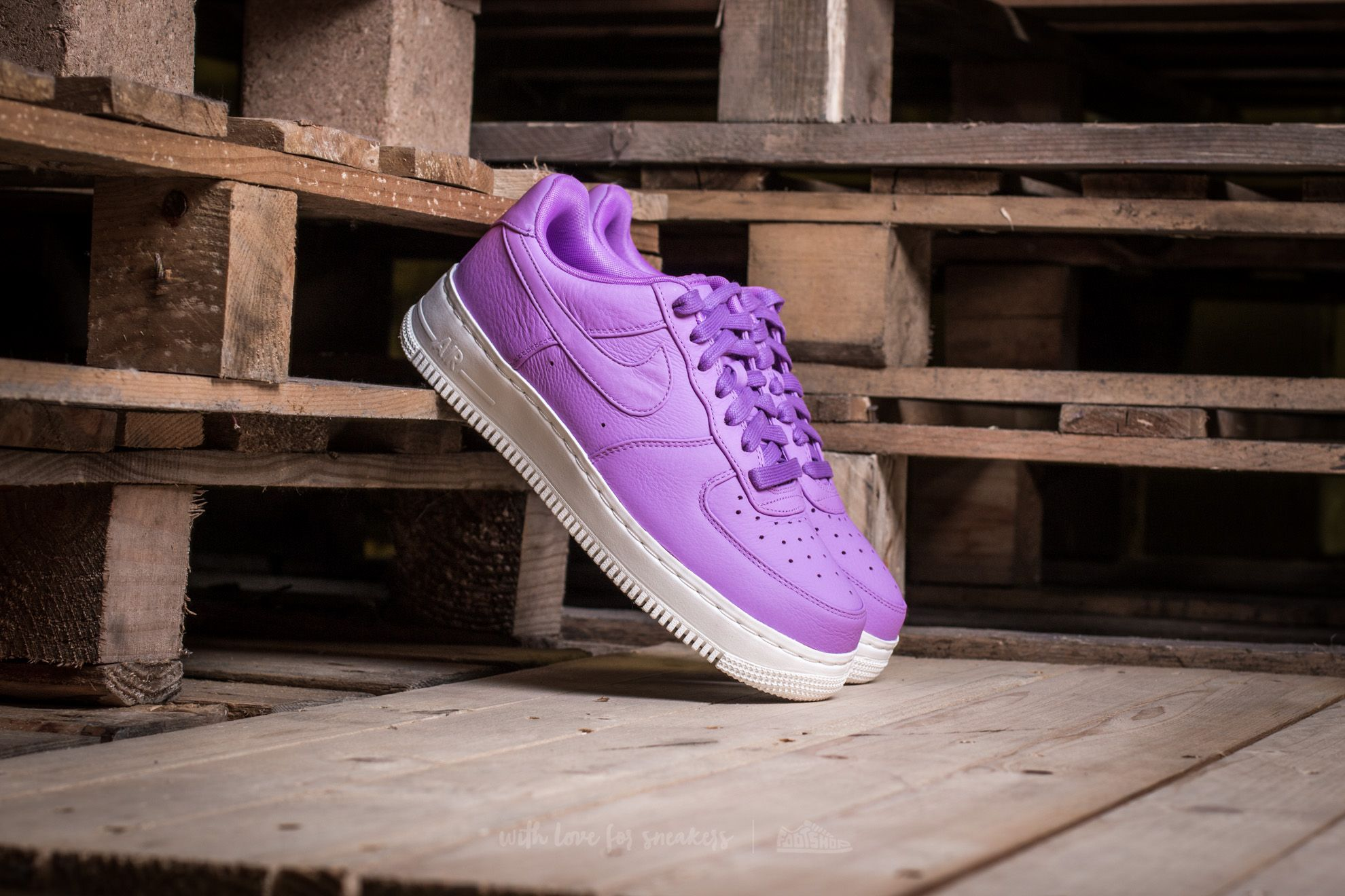 NIKELAB Air Force 1 Low Purple Stardust