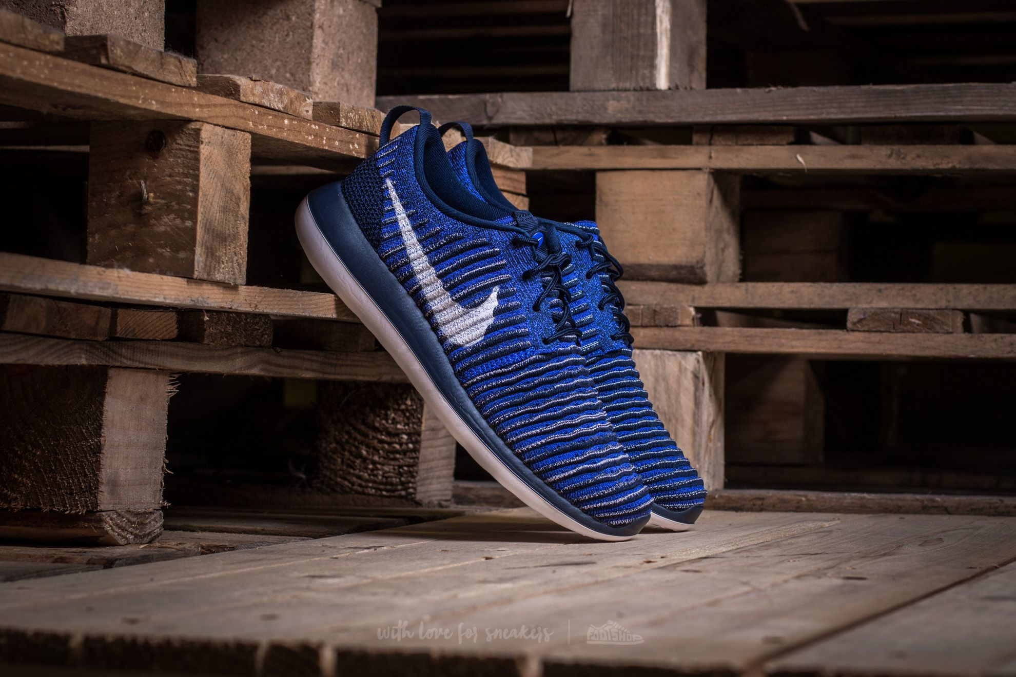 Nike Roshe Two Flyknit College Navy/ White