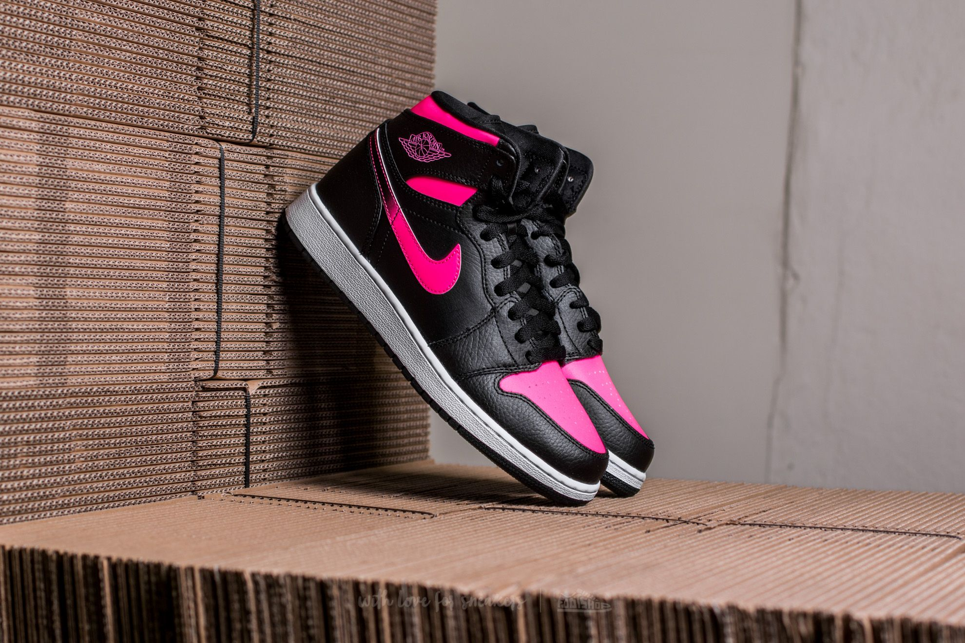 Air Jordan 1 Retro High GG Black/ Black-Hyper Pink-White