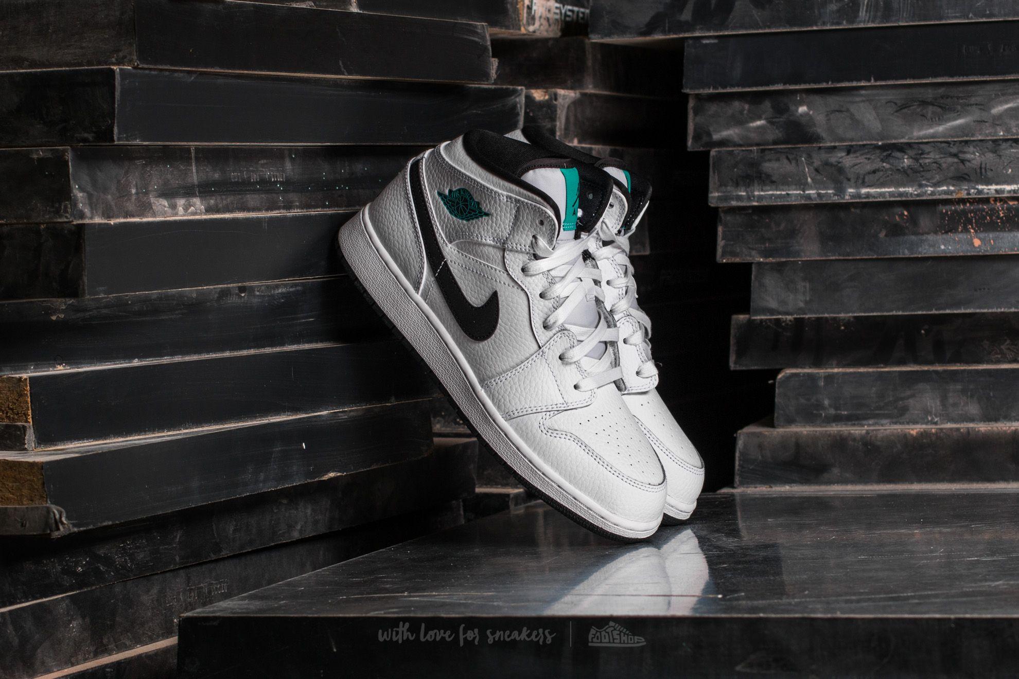 Air Jordan 1 Mid BG White/ Black-White-Hyper Jade