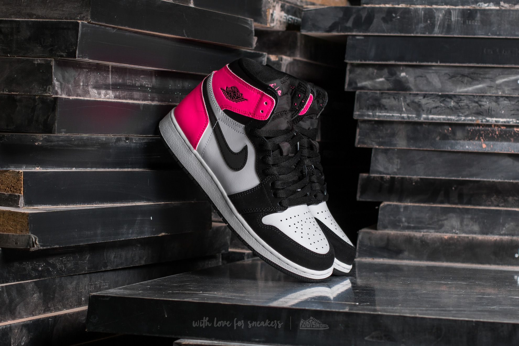 "Air Jordan 1 Retro High OG GG ""Valentines Day"" Black/ Black-Hyper Pink-White"