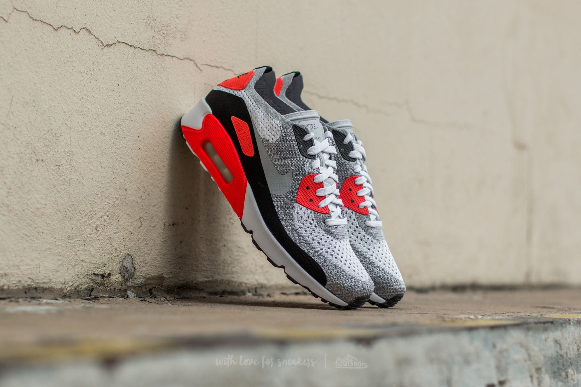 Nike Air Max 90 Ultra 2.0 Flyknit White/ Wolf Grey-Bright Crimson