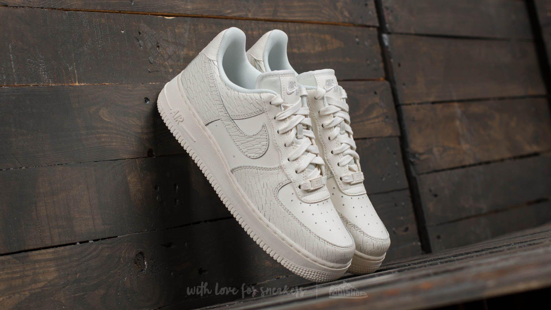 Nike Wmns Air Force 1 ´07 Premium Sail/ Sail-Light Bone-White