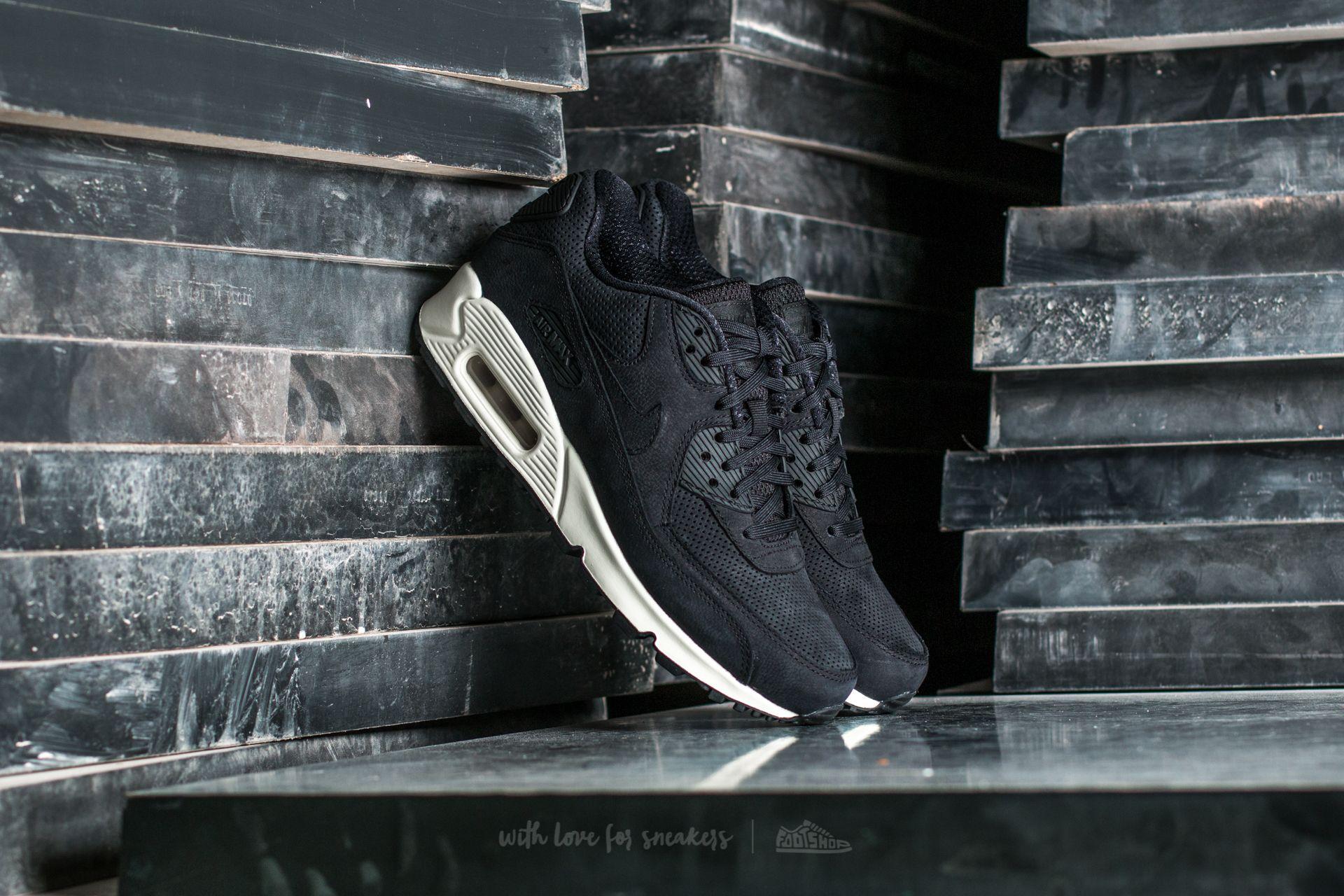 Nike Wmns Air Max 90 Pinnacle Black/ Black-Sail