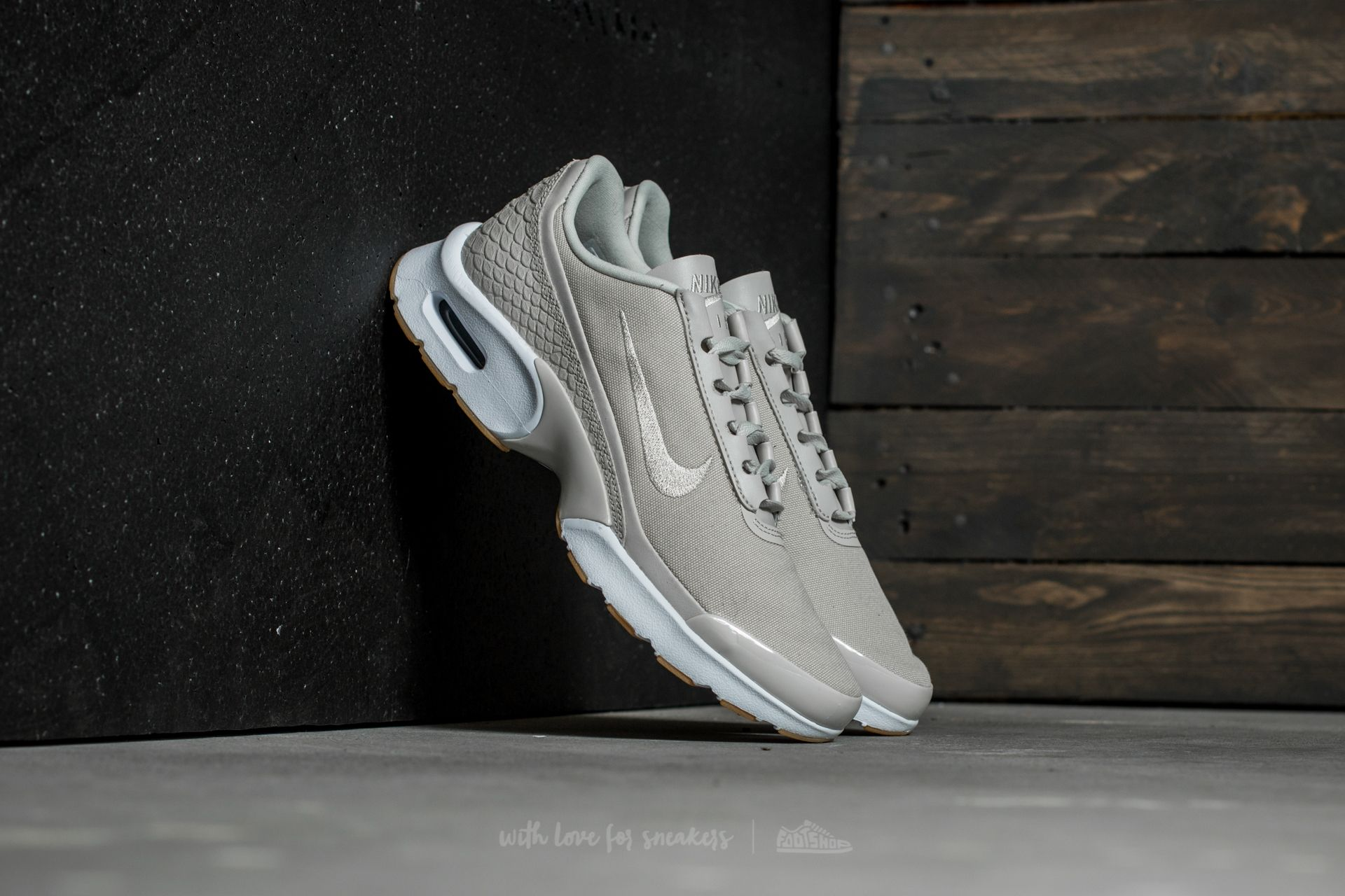 Nike W Air Max Jewell SE Light Bone/ Light Bone