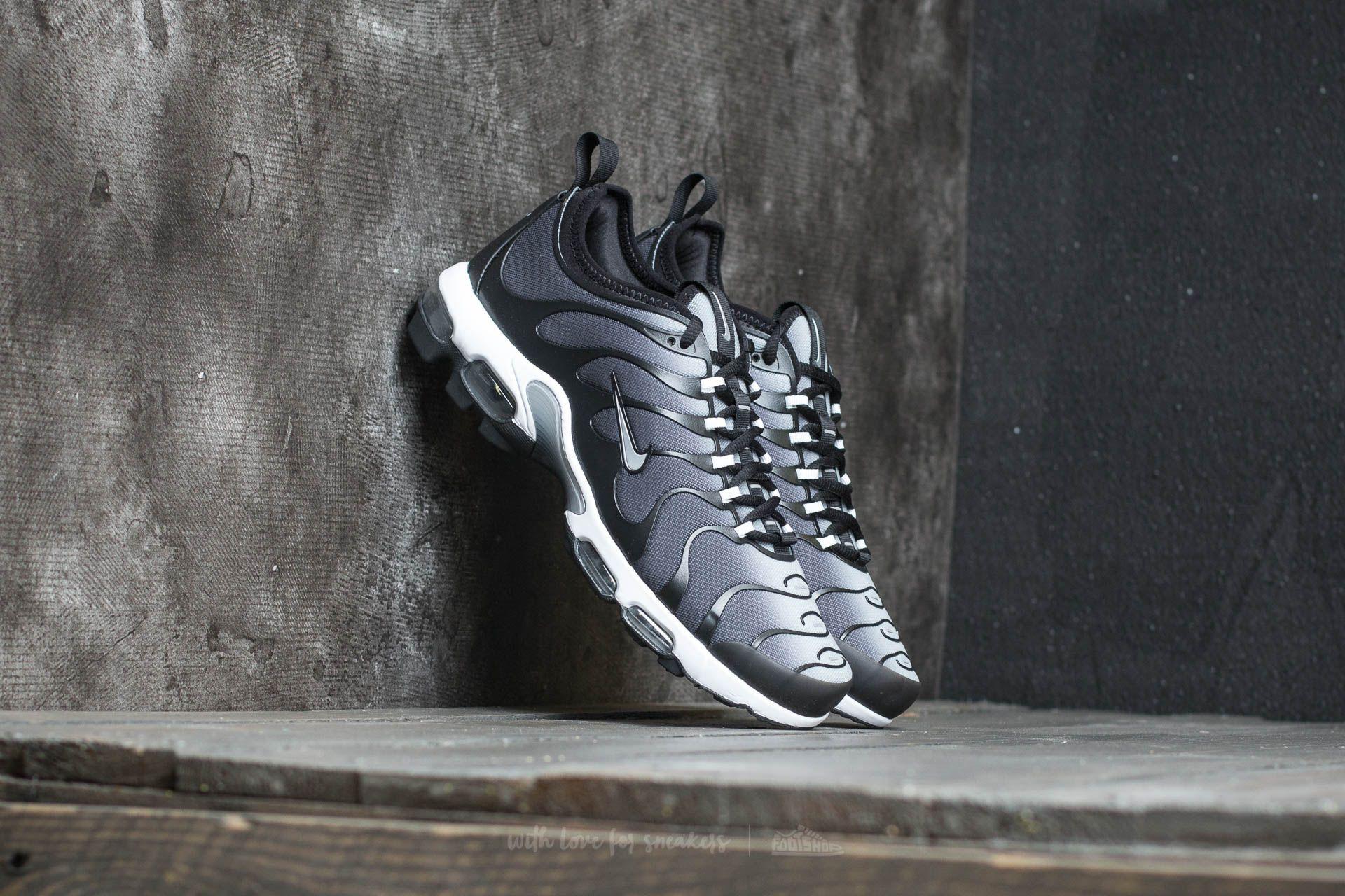 Nike Air Max Plus TN Ultra Black/ Metallic Silver