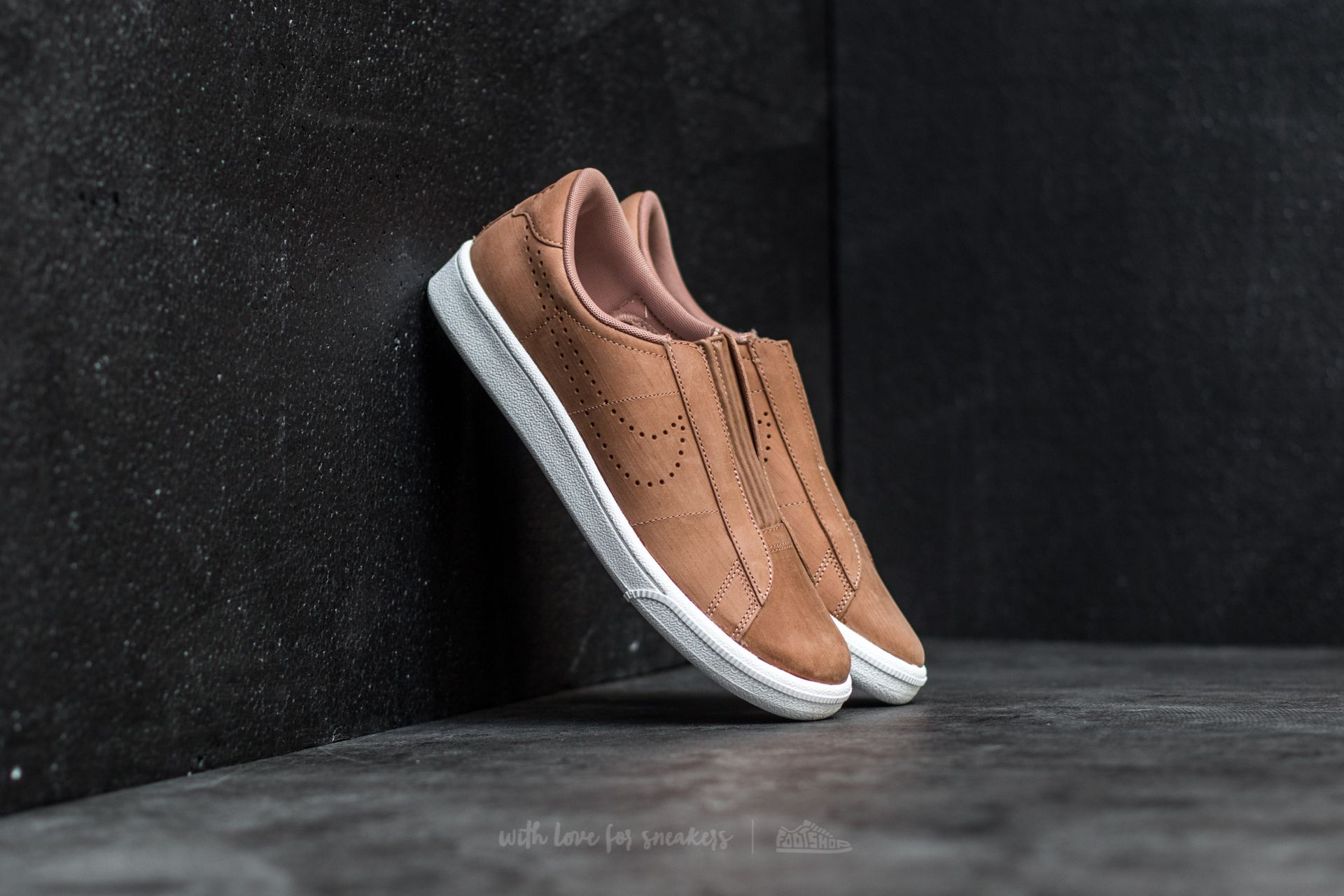 Nike Wmns Tennis Classic Ease Dusted Clay/ Dusted Clay