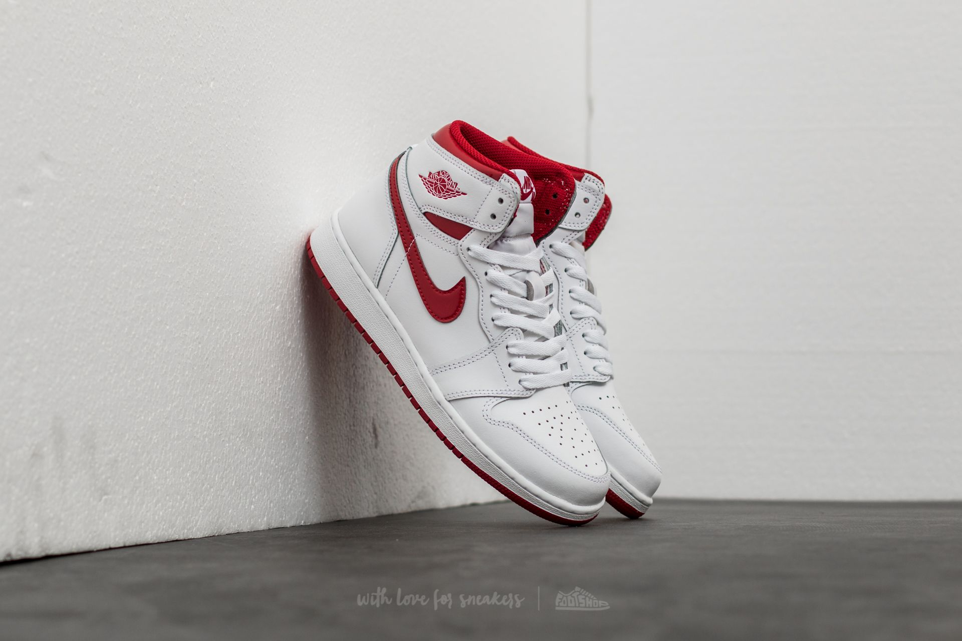 Air Jordan 1 Retro High OG BG 'Metallic Red' White/ Varsity Red