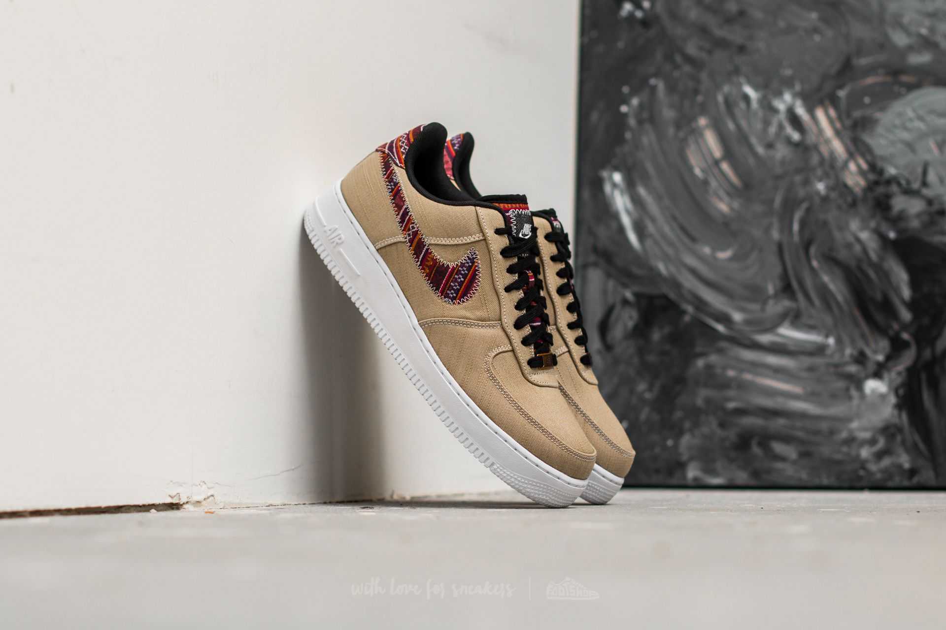 Nike Air Force 1 ´07 LV8 Khaki/ Black-White
