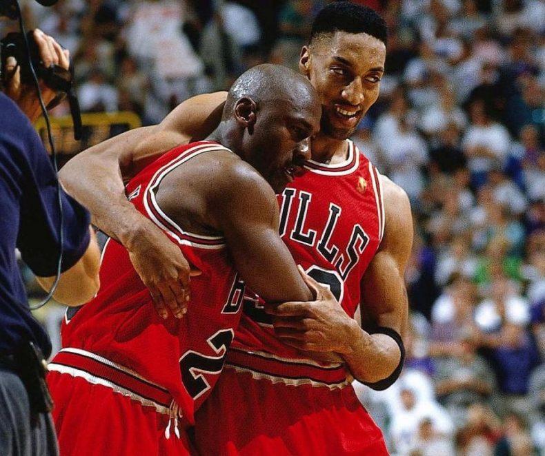 Zápas, který stvořil nejdražší tenisky na světě: Michael Jordan a Flu Game