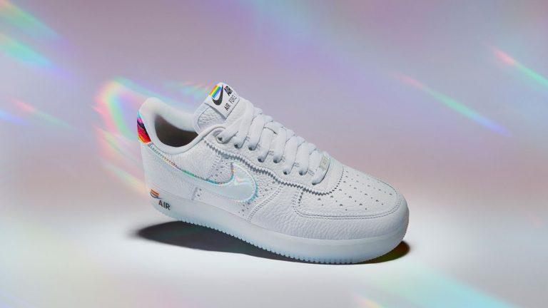 Pride month je tady a s ním duhové tenisky Nike, adidas nebo Converse