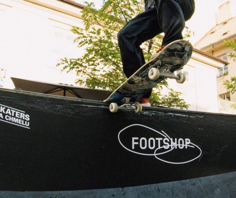 Skaters na chmelu najeli na pražský Bufet. Takhle to dopadlo